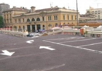 Belgrade, Serbia, 2006 (61 parking spaces)